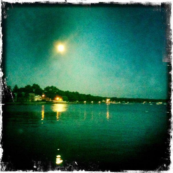 Hipsta moon
